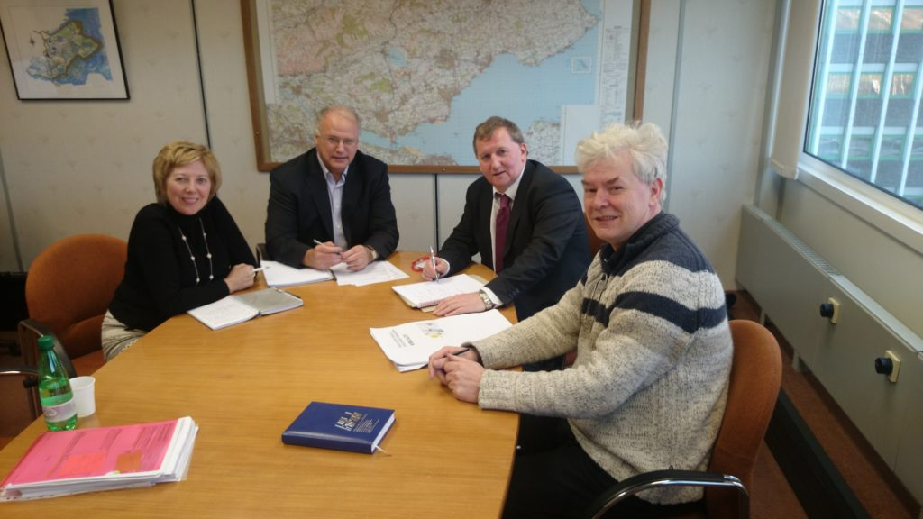 Alex Rowley meets Fife Council leader David Ross, Depute, Lesley Laird and Executive member for Education Bryan Poole to discuss budgets.